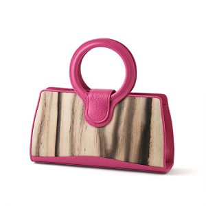 Handbag with ring handle / Black persimmon / pink / Width 30.5 × Height 16 × Gusset 7 cm / (Total height approx. 27 cm) / ¥55,000 (including tax) / Design can be made-to-order