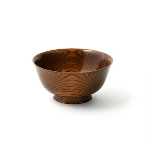 Noodle bowl / Japanese zelkova, finished with layers of lacquer (Fuki-Urushi) / Diameter 18 × Height 9 cm / Capacity 1,100 ml / ¥13,200 (including tax)