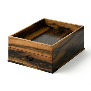 Pretty useful box / Black persimmon; Drawer interior: paulownia, finished with layers of lacquer (Fuki-Urushi) / Width 30 × Depth 37 × Height 14 cm / Weight approx. 2.5 kg / ¥198,000 (including tax)