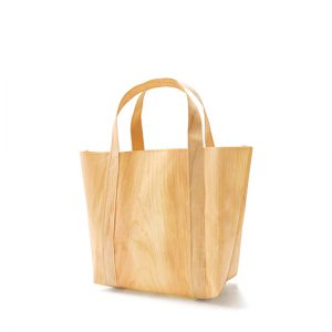 Mori bag (small) / Japanese cypress / Width 20 × Height 20 × Gusset 10 cm (Total height approx. 40cm) / Weight approx. 75g / Load bearing 10kg / ¥5,500 (including tax)